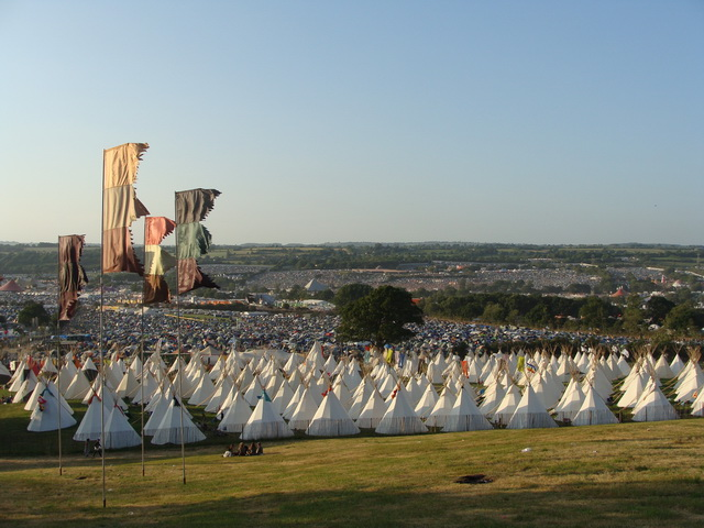 The festival grounds are huge... 8 km in circumferance and containing approximately 200,000 people!